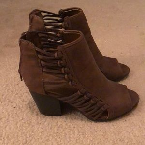 Rampage brown booties. Size 9.